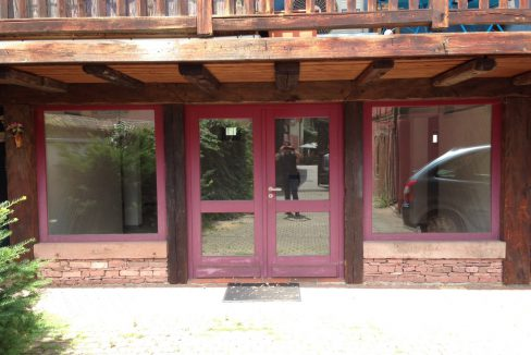 local-commercial-turckheim-68230 (1)