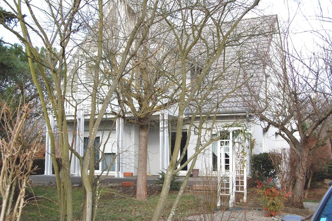 SUNDHOFFEN Jolie maison 140m² 6-7P sur 8,25 ares de terrain