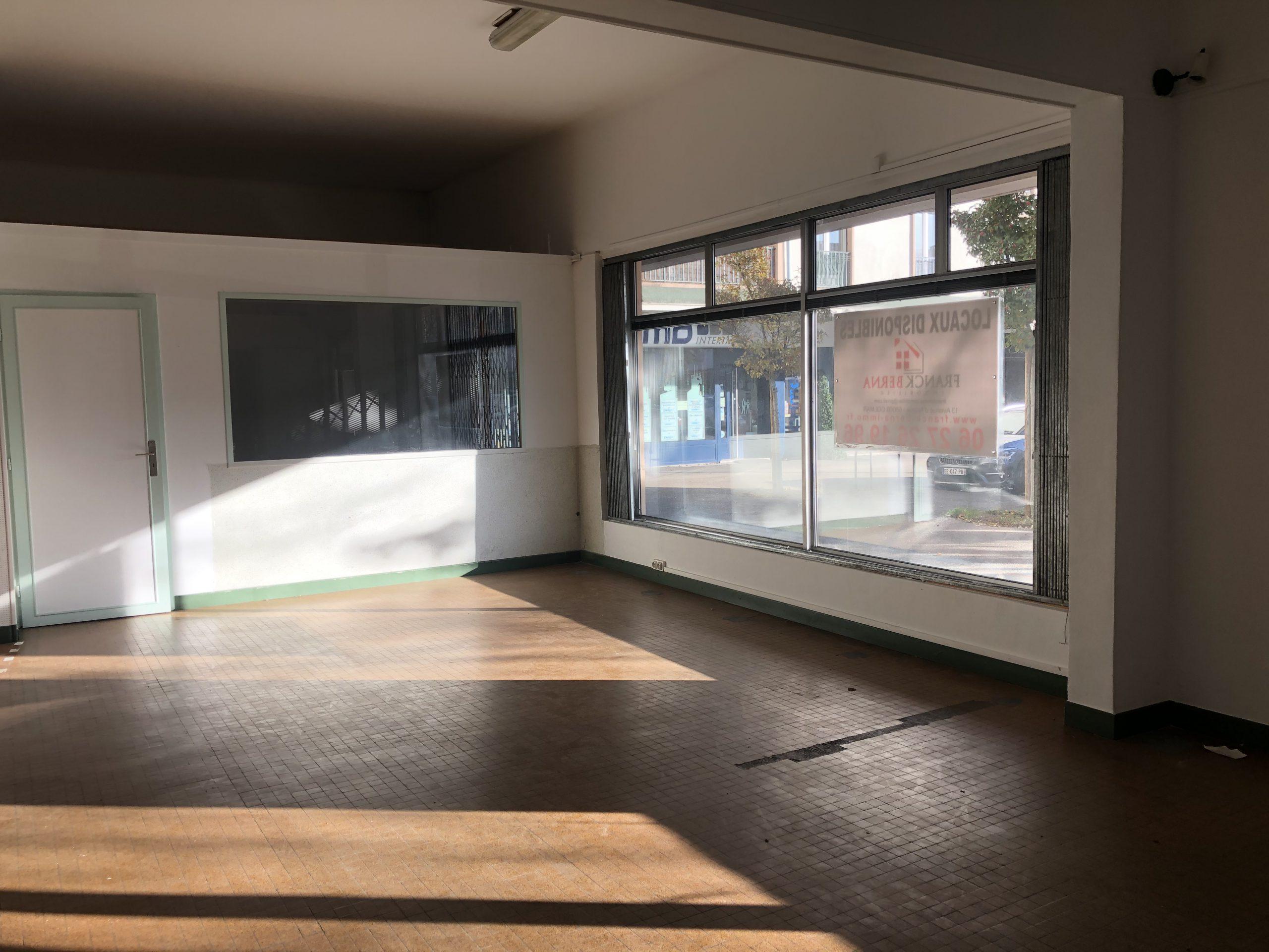 LOCAL COMMERCIAL – 109 m2 – COLMAR