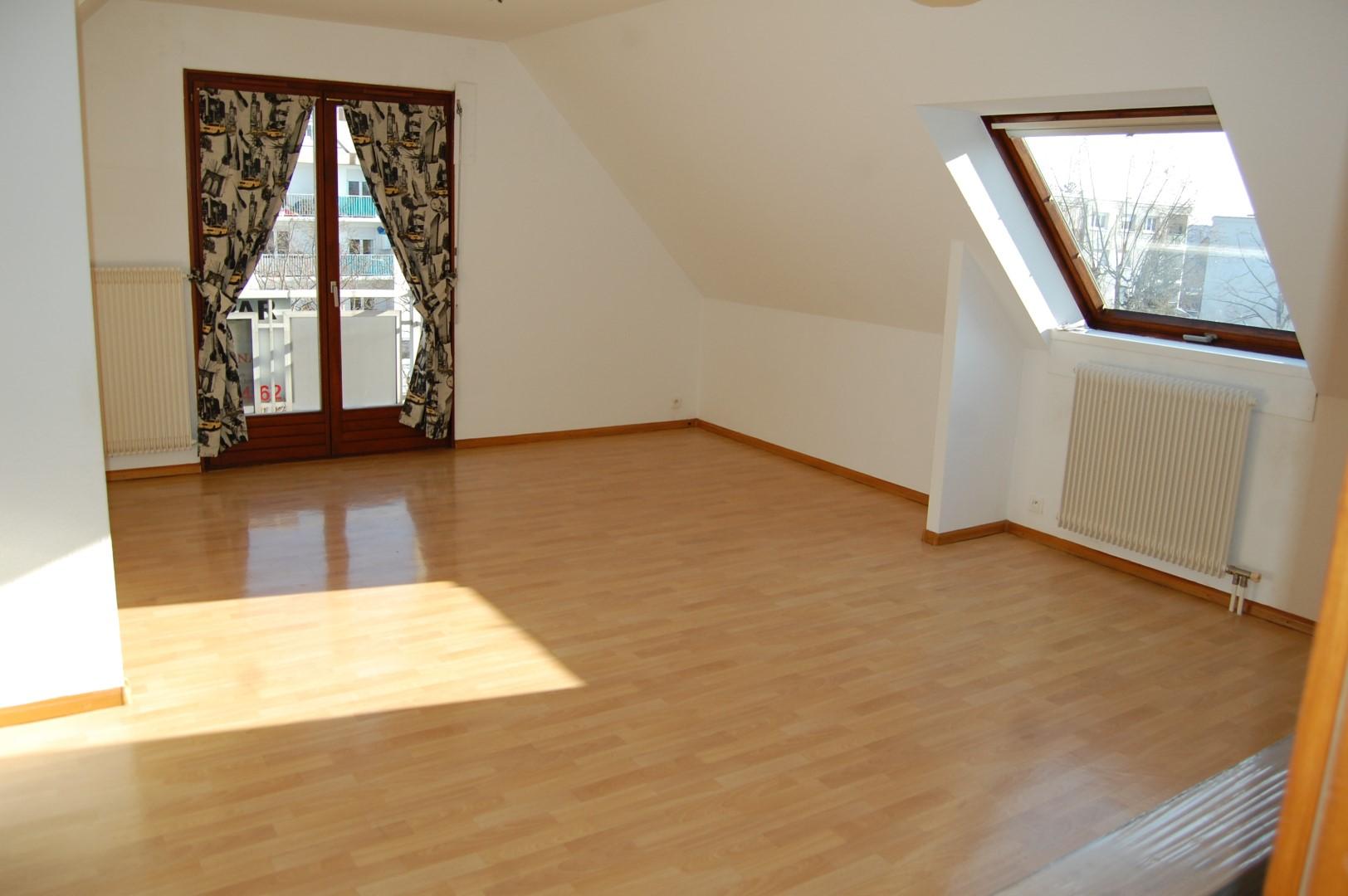 COLMAR A louer Beau F2 de 59.71 m² situé au 4èm et dernier étage